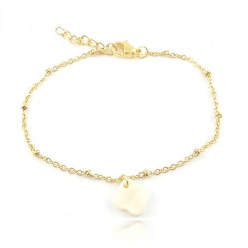 Bracelet trèfle sur chaîne dorée