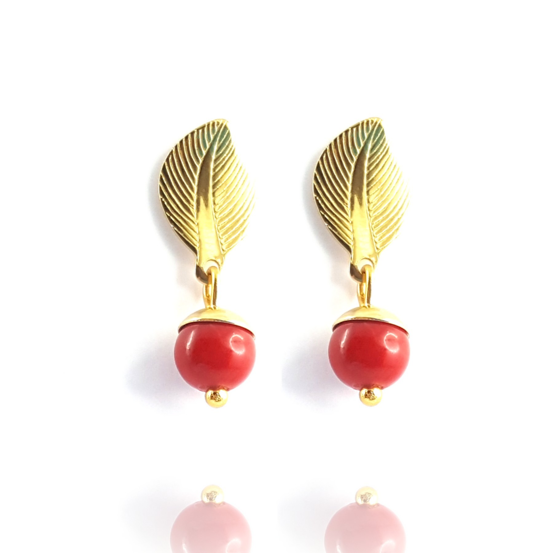 Clou feuille et perle rouge