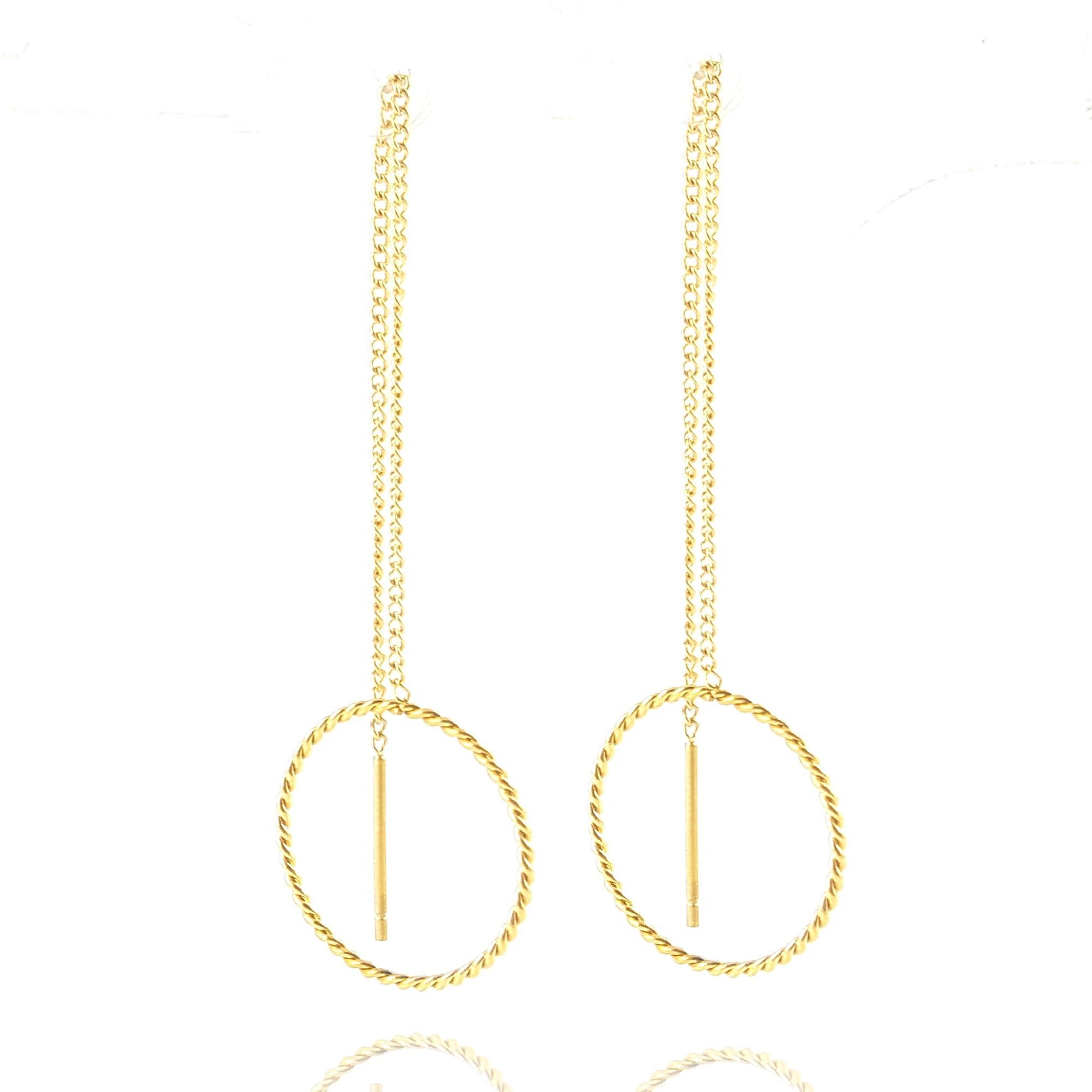 boucles d'oreilles chaîne traversante - acier doré - identités bijoux auvergne